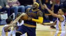 كليفلاند يهزم غولدن ستيت ويعادل سلسلة نهائي الدوري الأمريكي للمحترفين بكرة السلة