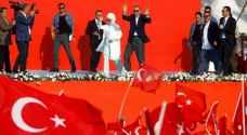 أردوغان ينتقد ألمانيا ويتعهد بالقضاء على جماعة غولن