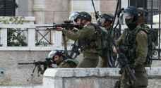 إصابة شاب فلسطيني برصاص الاحتلال شرق رام الله
