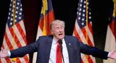 ترامب يتهم أوباما بتسوية أوضاع المهاجرين لصالح كلينتون