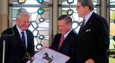 الملك يتسلم جائزة ويستفاليا تقديرا لجهوده في إحلال السلام العالمي