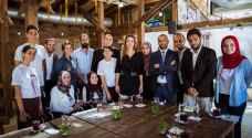 الملكة رانيا تلتقي مجموعة من اصحاب المبادرات التطوعية