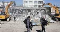 الاحتلال يسلم 20 اخطارا بالهدم والإخلاء جنوب الخليل