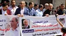 الاحتلال يمدد اعتقال صحافي فلسطيني دون محاكمة