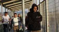 الأمن الإسرائيلي يدرس السماح بدخول مئات العمال من غزة