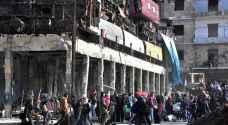 مأساة حلب.. إعدامات وقطع للاتصالات ونداء استغاثة