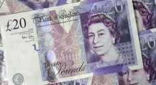 الاسترليني يهبط أمام الدولار لأدنى مستوى في أسبوعين