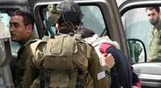 الاحتلال يعتقل 5 فلسطينيين من الضفة