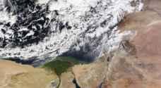 الإثنين.. طقس شديد البرودة مع رياح نشطة قد تُرفق بالغبار وزخات مُحتملة شمالاً