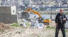 الاحتلال يخطر بهدم مسكنين في قرية الفخيت جنوب الخليل