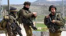 جنود الاحتلال يعتدون على مسنة في كفر قدوم