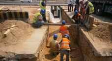 سلطة المياه تتسلم آليات حديثة للصيانة والصرف الصحي من الحكومة الهولندية