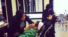 غضب في السعودية بسبب شاب لبناني قدم دورة مكياج لفتيات