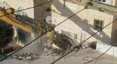 الاحتلال يهدم منزلا في بيت حنينا ويشرد ساكنيه