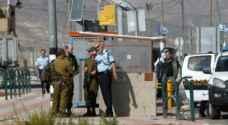 الاحتلال يمنع دخول ناشط بريطاني مؤيد للفلسطينيين الى اراضيها