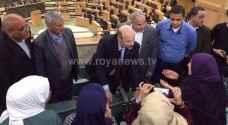 نائب يعترض على وزير استمع لشكاوى طلاب مدرسة تحت القبة!