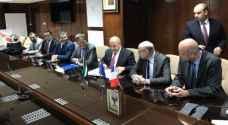 وزير المياه يوقع اتفاقية جديدة مع وزير الدولة الفرنسي بقيمة 10 مليون يورو