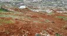 مستوطنون يجرفون اراض زراعية جنوب بيت لحم