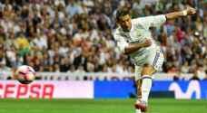 ريال مدريد يتخطى اشبيلية برباعية