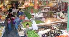 الحكومة تدعو لعدم التهافت على الأسواق في رمضان وتعد خطة