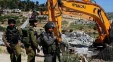 الاحتلال يهدم ويحرق 'بركسين' و٨ منشآت لتصنع الفحم غرب جنين
