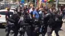 بالفيديو: الاعتداء على بائعي كعك بالقدس المحتلة
