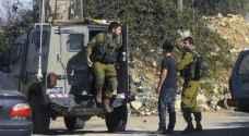 الاحتلال يعتقل ٣ فلسطينيين قرب القدس