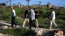 ٢٠٠ مستوطن يقتحمون المنطقة الأثرية شمال نابلس