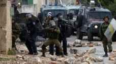 إصابة مسعف فلسطيني برصاص الاحتلال واعتقال شقيقه