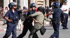 اصابة نحو ٨٠ شرطيا مغربيا باعمال عنف في الحسيمة