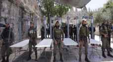 القناة الثانية العبرية: الاحتلال يعرض التفتيش اليدوي بديلاً للبوابات