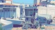الاحتلال يجرف أراض لنصب برج مراقبة جنوب دورا