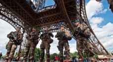 فرنسا تحقق باقتحام برج إيفل