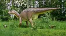 لأول مرة.. اكتشاف جسد ديناصور متكامل في حفرية بكندا
