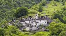 بالفيديو.. قرية سويسرية يسكنها ١٦ شخصا تتحول إلى فندق!