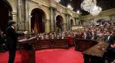 رئيس إقليم كتالونيا يقترح تعليق إعلان الاستقلال عن إسبانيا