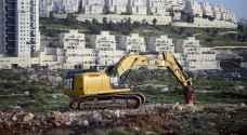 الاحتلال يوافق على بناء ١٣٢٣ وحدة استيطانية بالضفة الغربية المحتلة