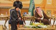البطريرك الماروني يصل الرياض بزيارة تاريخية