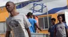 الاحتلال يرحل ٤٠ ألف لاجئ أفريقي قسريا
