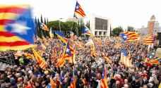 قادة كتالونيا يمثلون أمام القضاء الإسباني