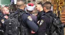 الاحتلال يعتقل ٤ من حراس الأقصى