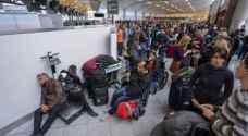 شلل بأحد أشد مطارات العالم ازدحاما بعد انقطاع التيار الكهربائي