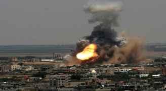 الاحتلال الاسرائيلي يشن غارة على شمال قطاع غزة