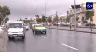 بالفيديو: تساقط الأمطار في العاصمة عمان