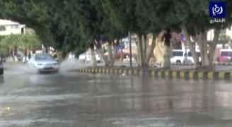 بالفيديو: ارتفاع منسوب المياه في عدة مناطق بجرش