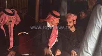 بالصور: الأمير حمزة في عزاء الشهيد السواعير