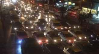 ازدحام مروري في شارعي الجامعة والمدينة المنورة
