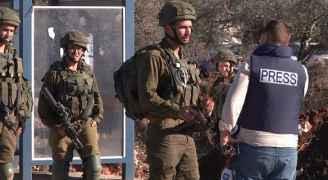 منصور: الاحتلال يتعمد التضييق على الصحفيين الفلسطينيين والأجانب