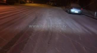الأردن: تجدُد تساقُط زخات مُتقطعة من الثلوج فوق المرتفعات الجبلية الآن واستمرار فرصتها مساءً