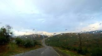 كتلة هوائية باردة الأحد وأمطار حتى الثلاثاء